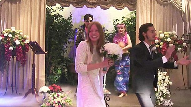 Шайя ЛаБаф иМия Гот поженились вЛас-Вегасе