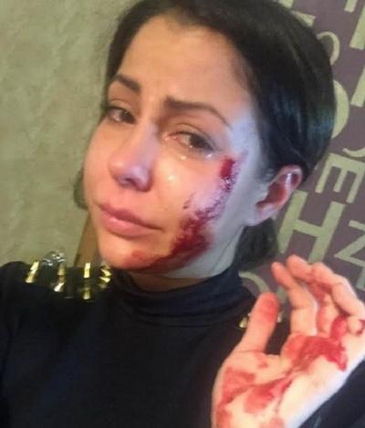 Боксер избил порноактриссу