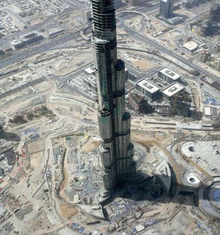 Самый большой и самый маленький небоскреб в мире