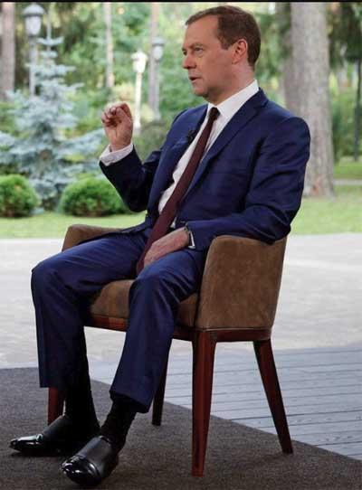 Прямая линия с Путиным Трансляция завершена  Варламовру