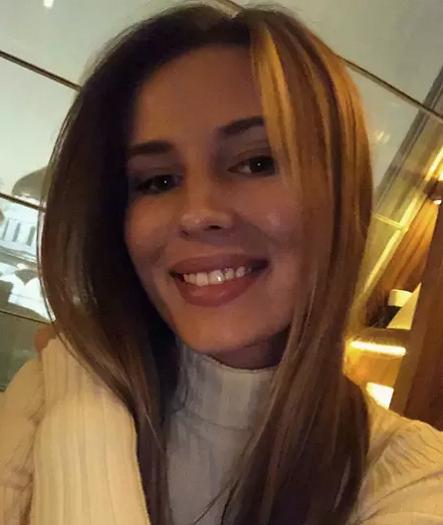 СМИ разыскали возлюбленную задержанного экс-министра Абызова (ФОТО)