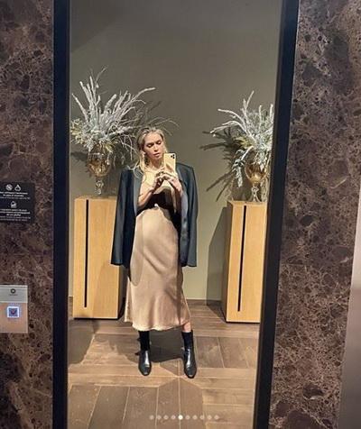 Вы беременны?: видео Веры Брежневой из гигантской ванны взбудоражило Сеть