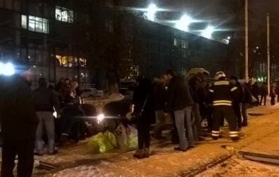 Авария в столицеРФ наШоссе Энтузиастов внастоящее время, 13.11.2016: необошлось без жертв