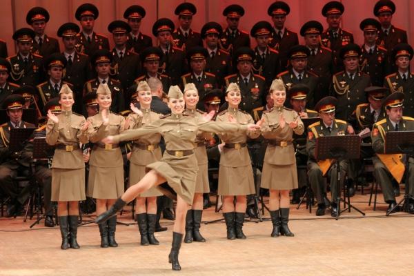 Итальянское телевидение транслирует гимн РФ висполнении ансамбля Александрова