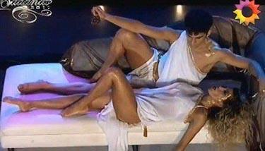 Смотреть сексапильная участница аргентинских танцев со звездами синтия фернандез