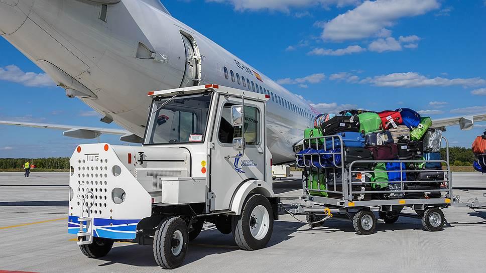 Король саудитов взял с собой в поездку 450 тонн багажа