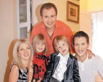 Александр малинин с детьми фото
