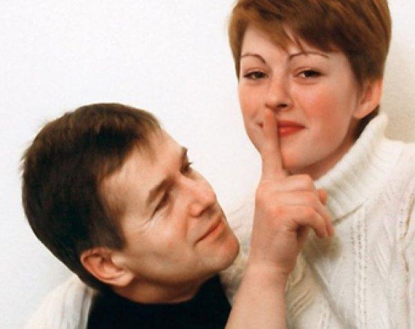 Бывший муж Ирины Безруковой готовится стать отцом: http://www.topnews.ru/media_id_14402.html