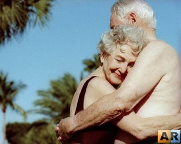 Бабушка хочет дедушку сексуально вопрос