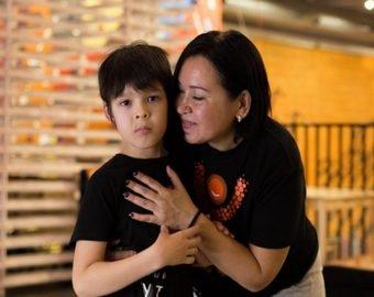 «Благодаря батуту сын перешагнул тяжелую степень аутизма»