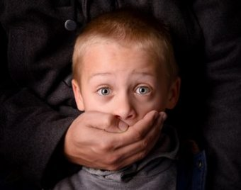 Как защитить ребенка от маньяка