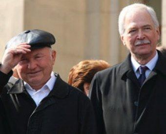 После атак на ТВ Лужков тайно встретился с Грызловым