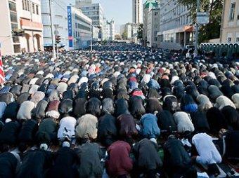 55 тысяч мусульман устроили столпотворение в Москве во время Ураза-Байрам