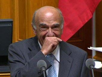 Развесилившийся министр финансов сорвал заседание парламента Швейцарии