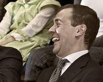 Дмитрий Медведев посмеялся над собой в Twitter