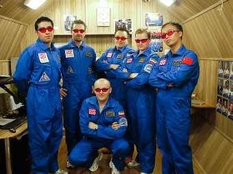 """Участники проекта """"Марс-500"""" высадились на """"красную планету"""""""