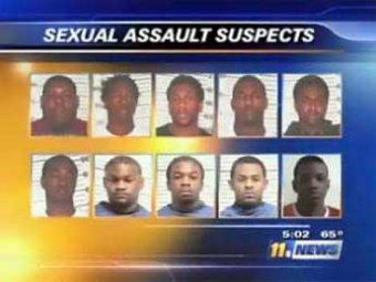 В Техасе около двух десятков мужчин совершили групповое изнасилование