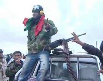 Ливийские повстанцы собрали боевого робота