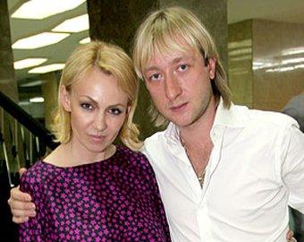 Рудковская и Плющенко судятся с журналом, объявившим их брак пиаром