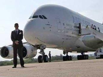 На авиасалоне «МАКС-2011» покажут «Лайнер мечты» и самый большой самолет в мире А-380
