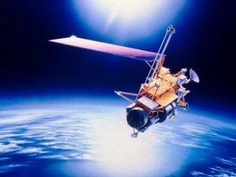 На Москву падает неуправляемый американский спутник