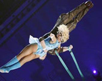 В Москве цирковая гимнастка сорвалась с трапеции