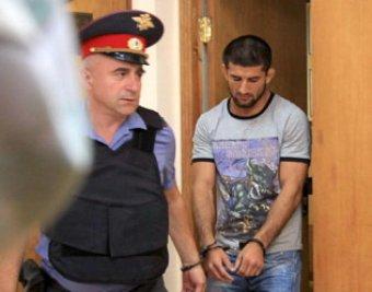 На Агафонова в мае 2011 завели уголовное дело за разбой с ножом