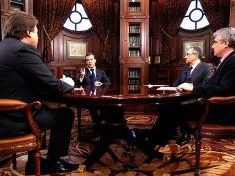 Медведев объяснил, почему он не участвует в президентской гонке