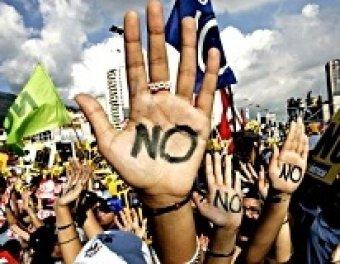 """Акцию """"Захвати Уолл-стрит"""" тысячи людей поддержали погромами по всему миру"""