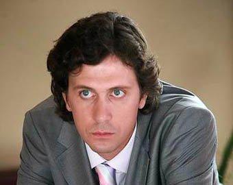 Актер Алексей Завьялов умер от тяжелых травм после прыжка с парашютом