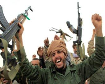 Сторонники Каддафи казнили военачальника повстанцев