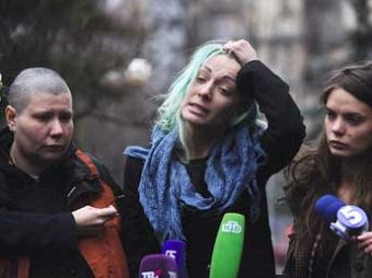 Белорусские феминистки утверждают, что представители КГБ их «били без синяков»