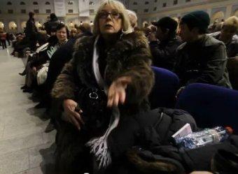 СМИ: на слезы Путина приходили смотреть за 450-700 рублей