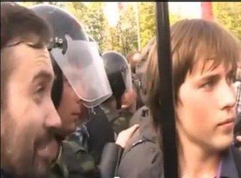 В сети появились новые эпизоды из фильма Пивоварова про оппозицию с Собчак и Пономаревым