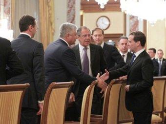 СМИ: правительство Медведева прирастает сплошь миллионерами