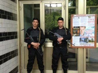 В СМИ попали фото и видео обыска дома у Навального и Собчак