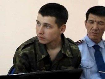 """СМИ: """"Убийца пограничников"""" из Казахстана признал вину, боясь изнасилования"""