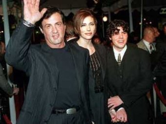 СМИ: сын Сталлоне умер в Голливуде от передозировки