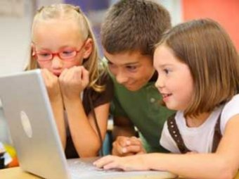 Роскомнадзор требует запретить доступ детей к публичным сетям WiFi
