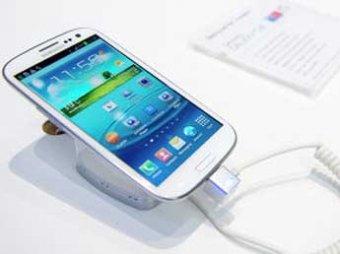 Samsung представила мини-версию флагманского смартфона Galaxy S III