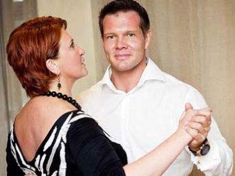 СМИ: после развода с экс-министром Скрынник доходы ее мужа-музыканта упали в 37 раз