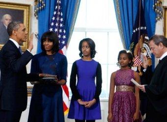 """Дочь Обамы о присяге отца в кругу семьи: """"Прекрасная работа, папочка!"""""""