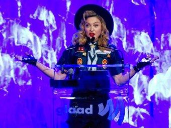 Мадонна: Путин не отказался бы от секса с девушками из Pussy Riot