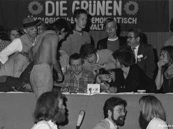 Скандал в Бундестаге: партией Зеленых руководили педофилы, гомосексуалисты и каннибал