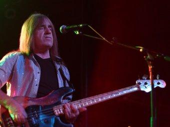 Умер бас-гитарист британской рок-группы Uriah Heep