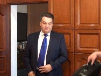 Порно видеоролик в кабинете начальника казначейства кабардино балкарии