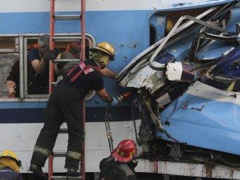 В Аргентине столкнулись два пассажирских поезда: пострадали 100 человек