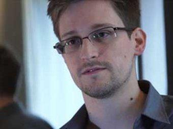 """Сноуден позвал на """"свидание"""" в """"Шереметьево журналистов и правозащитников"""