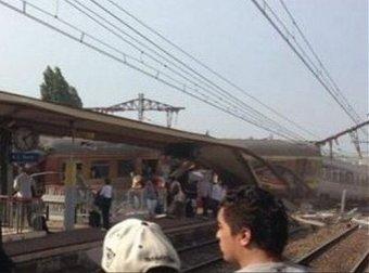 Под Парижем сошел с рельсов пассажирский поезд: есть жертвы