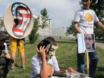 """Новая """"бомба"""" от Сноудена: спецслужбы установили """"жучки в 38 посольствах в США"""